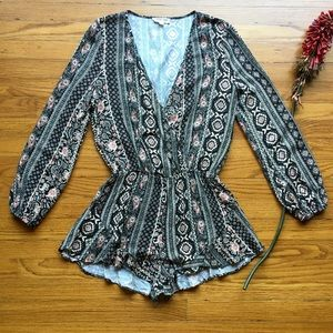 COTTON CANDY Patterned Long Sleeve Romper